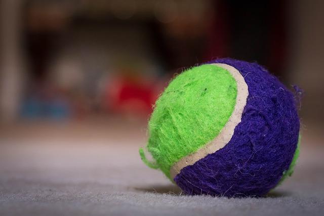ball-933258_640